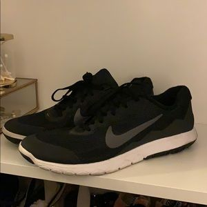 Worn Once Nike Trainers Sz 10